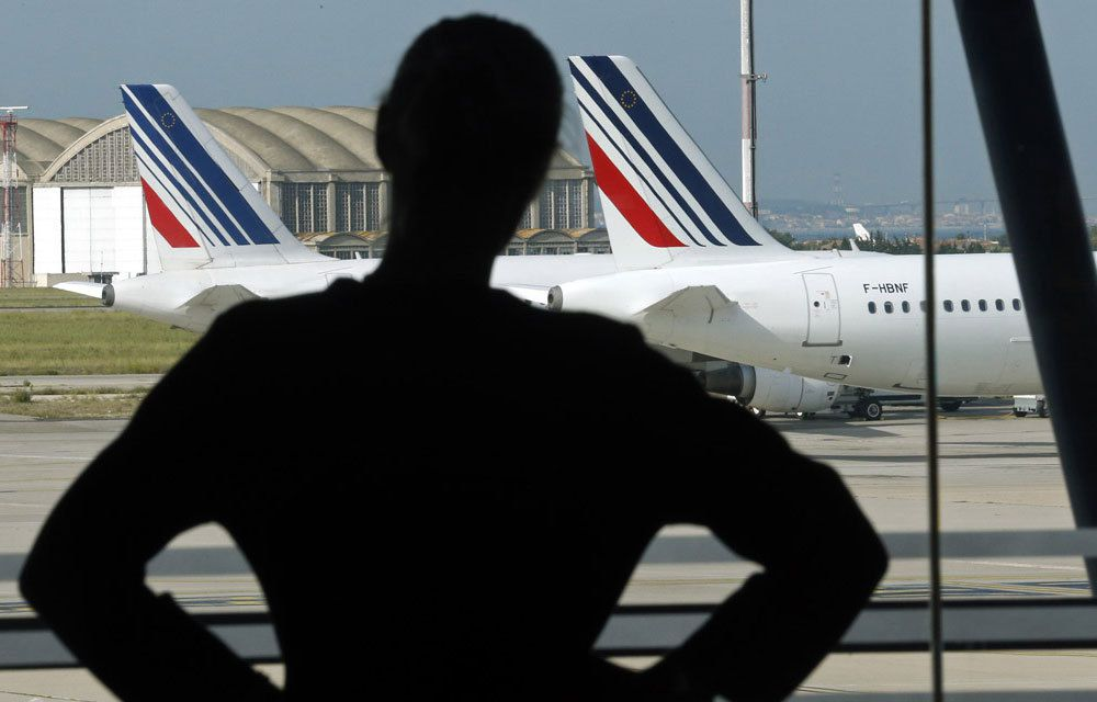 VIOLENCES A AIR FRANCE : CINQ SALARIES INTERPELLES