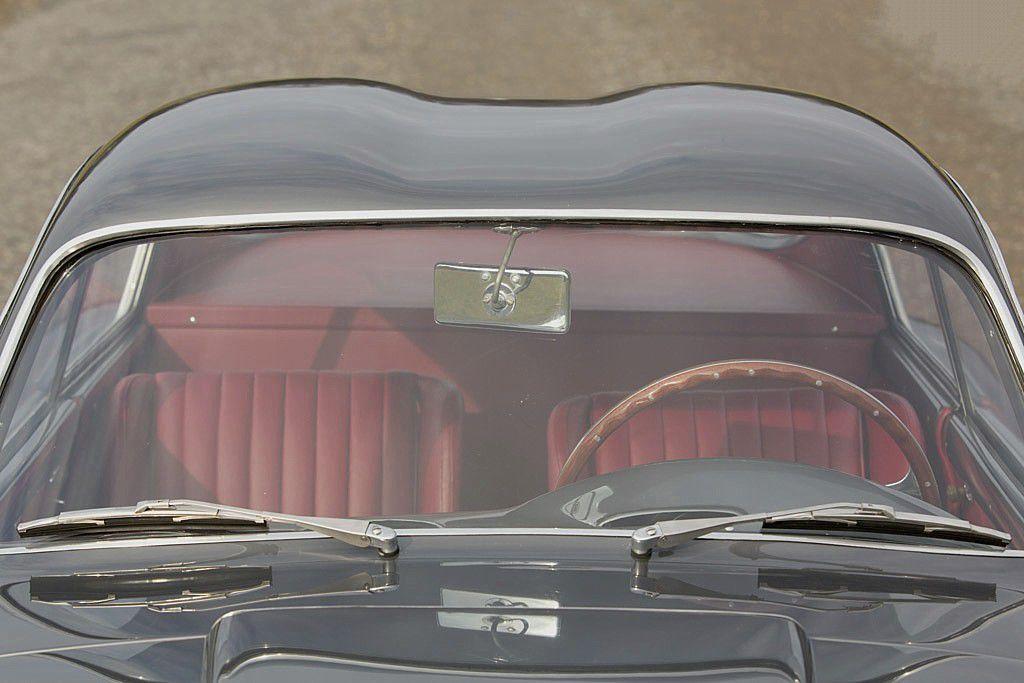 VOITURES DE LEGENDE (592) : FIAT  8V ZAGATO &quot&#x3B;ELABORATA&quot&#x3B; - 1953