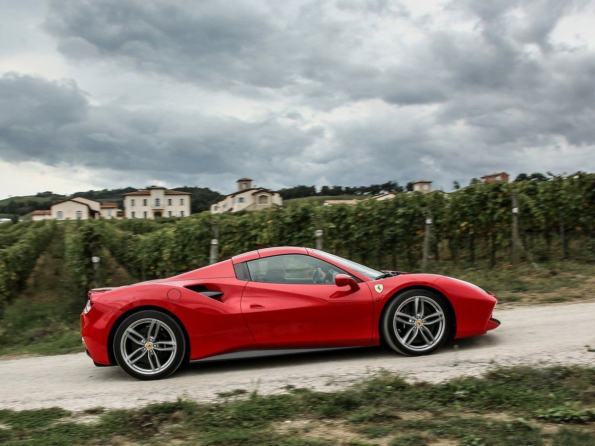 VOITURES DE LEGENDE (599) : FERRARI 488 SPIDER - 2016