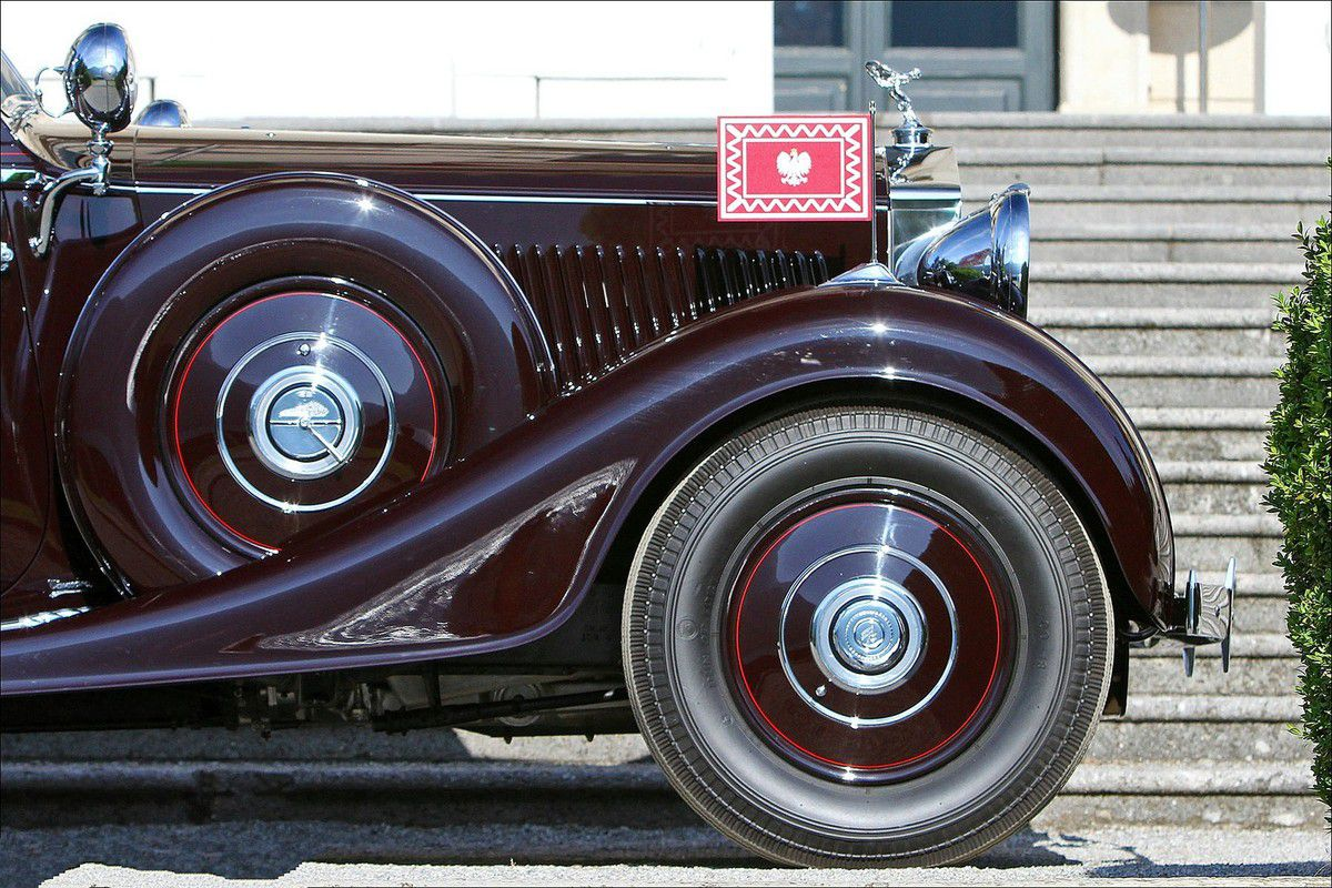 VOITURES DE LEGENDE (619) : ROLLS ROYCE  PHANTOM III DROPHEAD COUPE  VANVOOREN - 1937