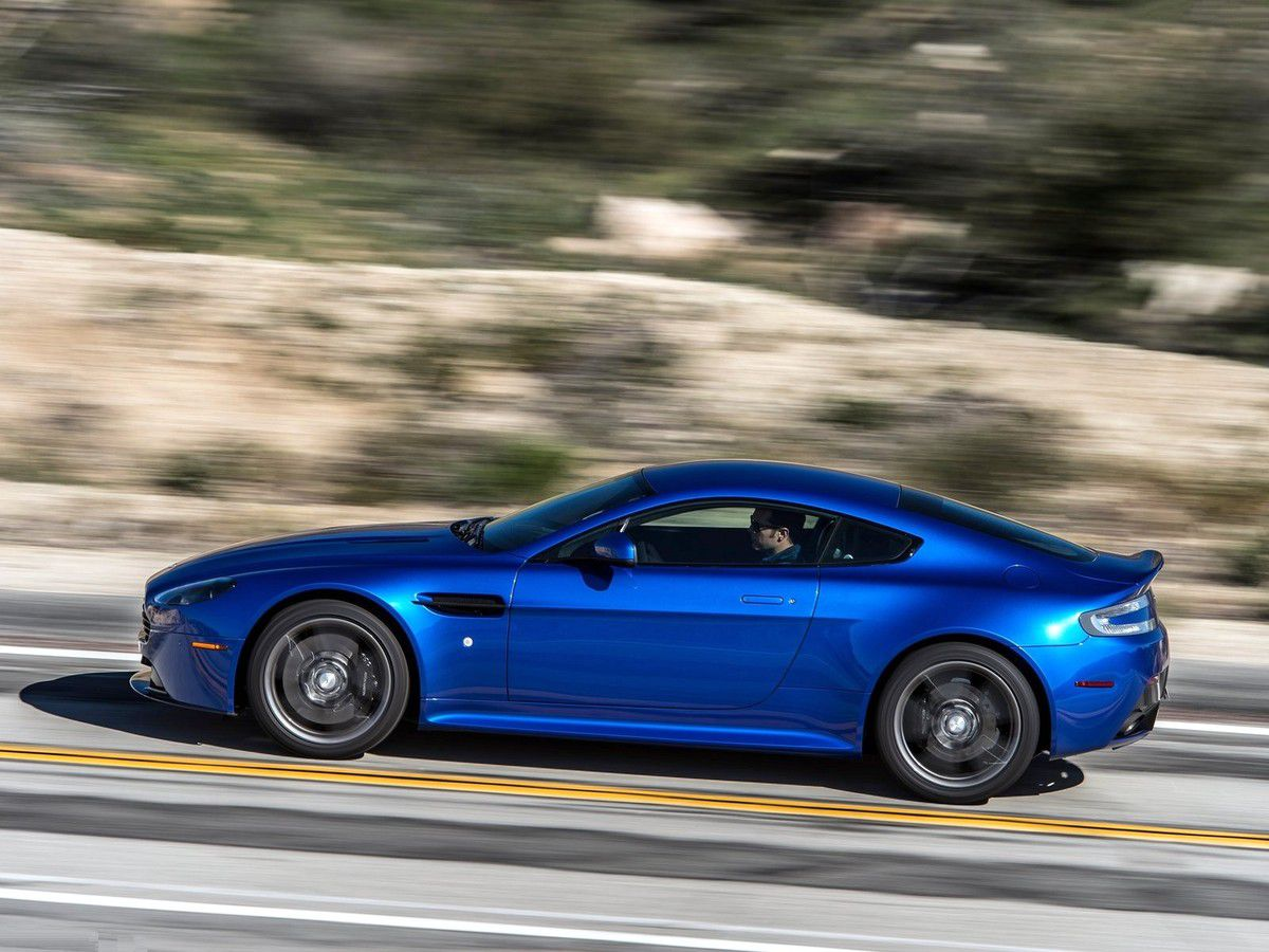 VOITURES DE LEGENDE (627) : ASTON MARTIN VANTAGE  GTS USA - 2017
