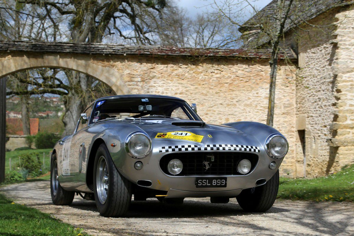 VOITURES DE LEGENDE (630) : FERRARI 250 GT SWB  BERLINETTA - 1960