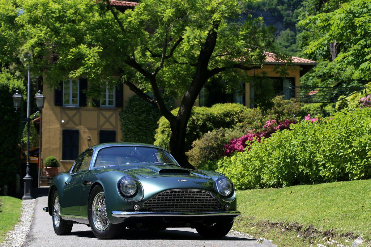 VOITURES DE LEGENDE (635) : ASTON MARTIN DB4 GT ZAGATO COUPE - 1961