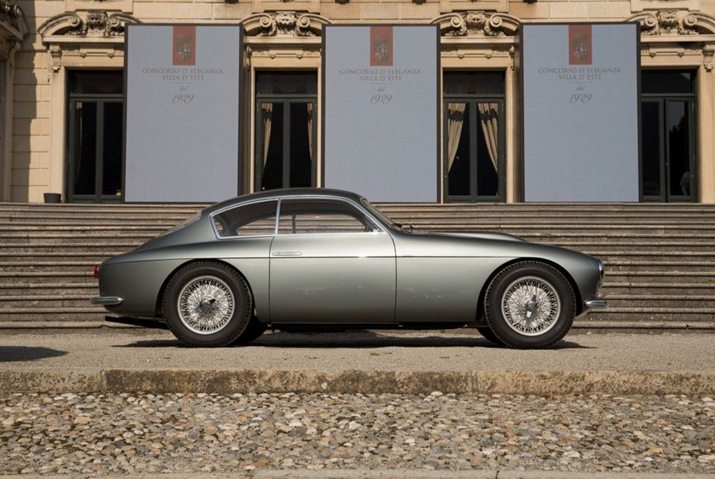 VOITURES DE LEGENDE (650) : FIAT 8V  ZAGATO COUPE - 1955
