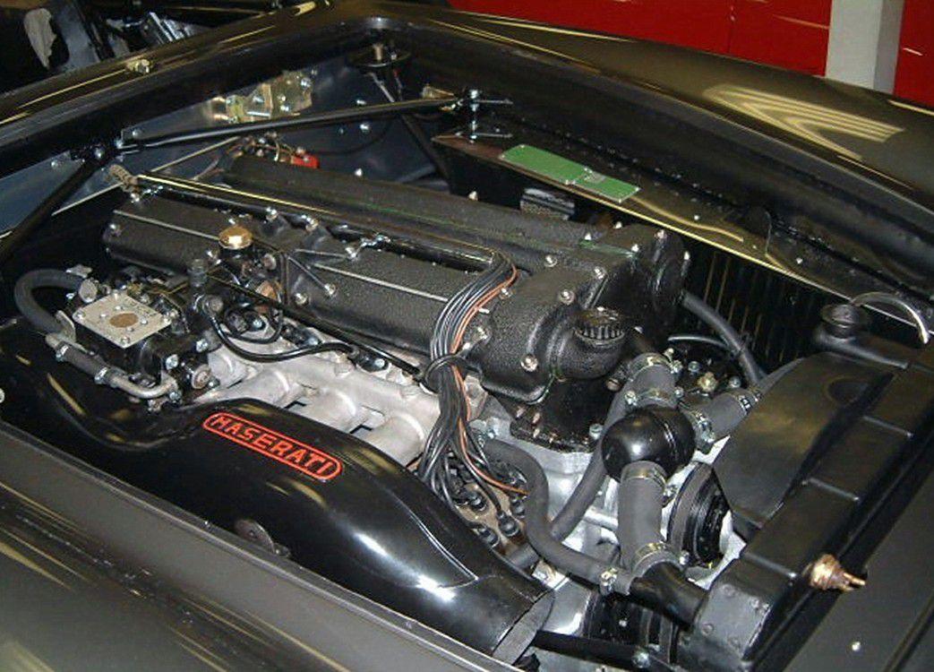VOITURES DE LEGENDE (662) : MASERATI  3500 GT VIGNALE  SPYDER - 1960