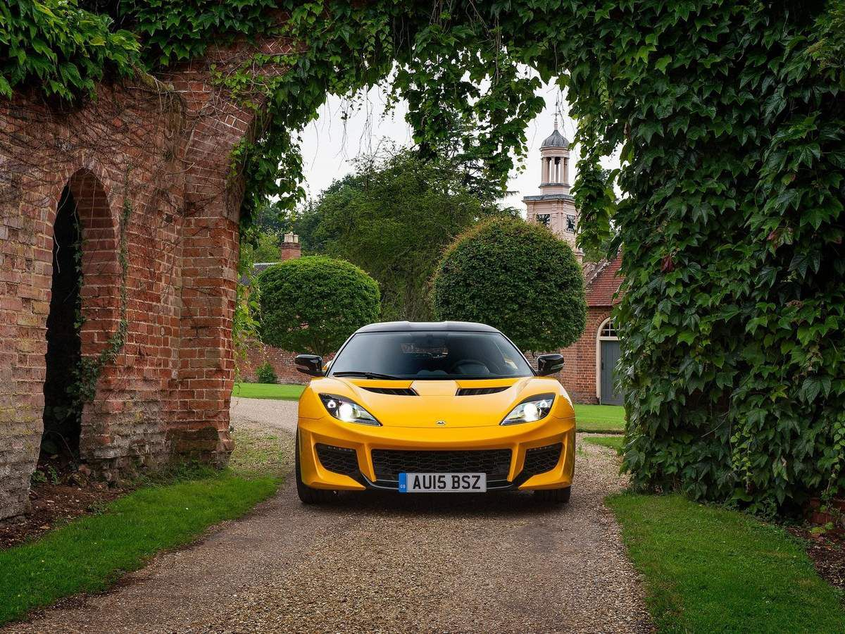 VOITURES DE LEGENDE (672) : LOTUS EVORA 400 - 2015