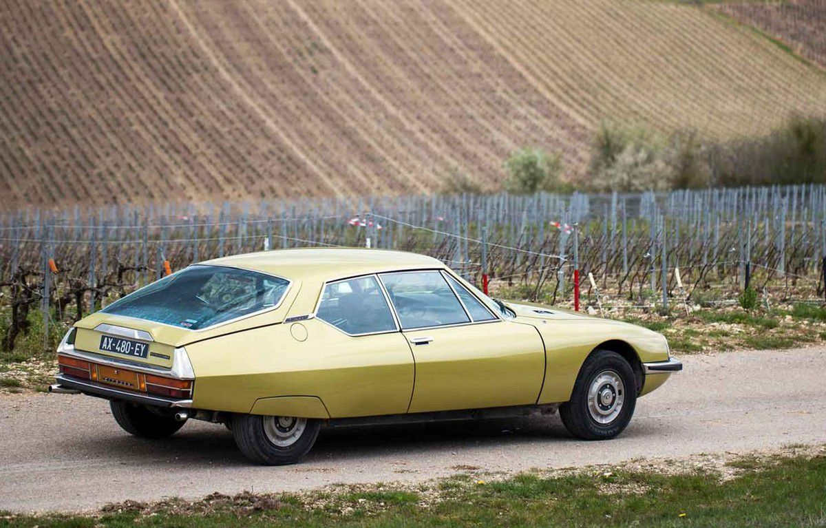 VOITURES DE LEGENDE (697) : CITROËN  SM - 1971