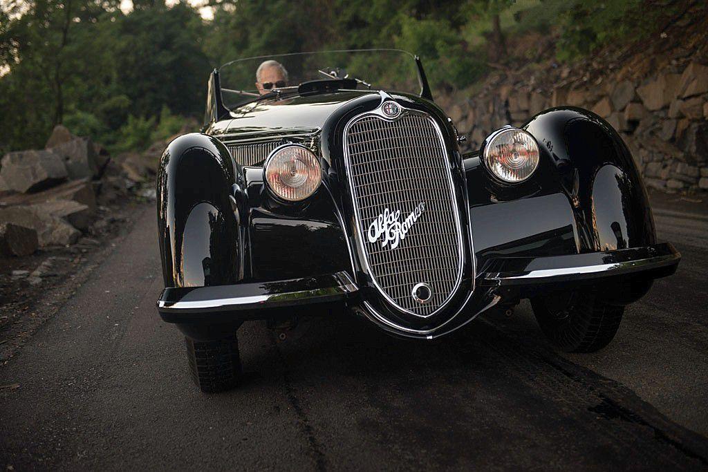 VOITURES DE LEGENDE (704) : ALFA ROMEO  8C 2900B  LUNGO TOURING  SPIDER - 1937