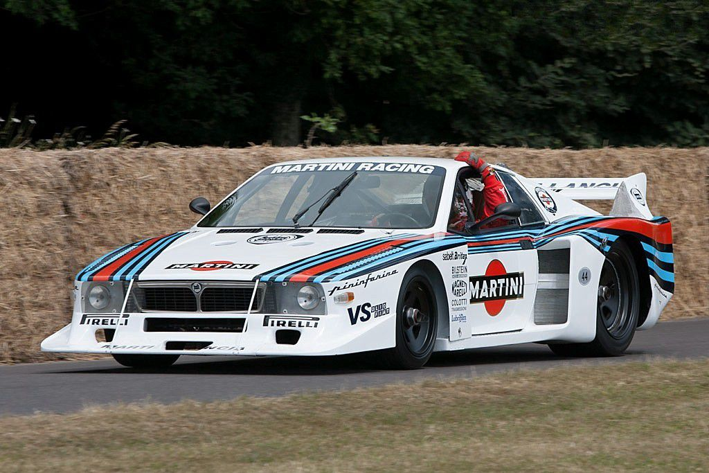 VOITURES DE LEGENDE (716) : LANCIA BETA MONTECARLO TURBO - 1979