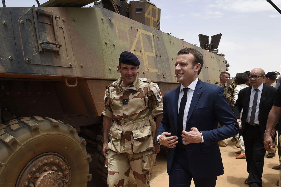 AU MALI, EMMANUEL MACRON CONFIRME L'ENGAGEMENT DE LA FRANCE CONTRE LE DJIHADISME