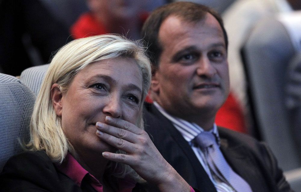 LE FRONT NATIONAL POURRAIT NE PAS AVOIR DE GROUPE A L'ASSEMBLEE NATIIONALE