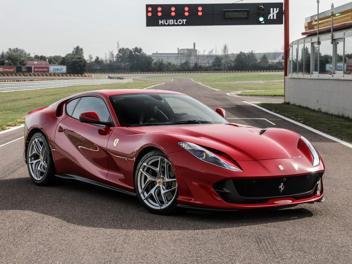 voitures de legende 769 ferrari 812 superfast 2017 victor association. Black Bedroom Furniture Sets. Home Design Ideas