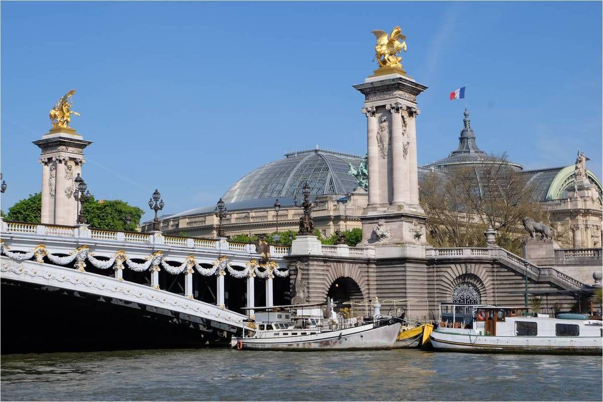 Découvrir Paris en Batobus !