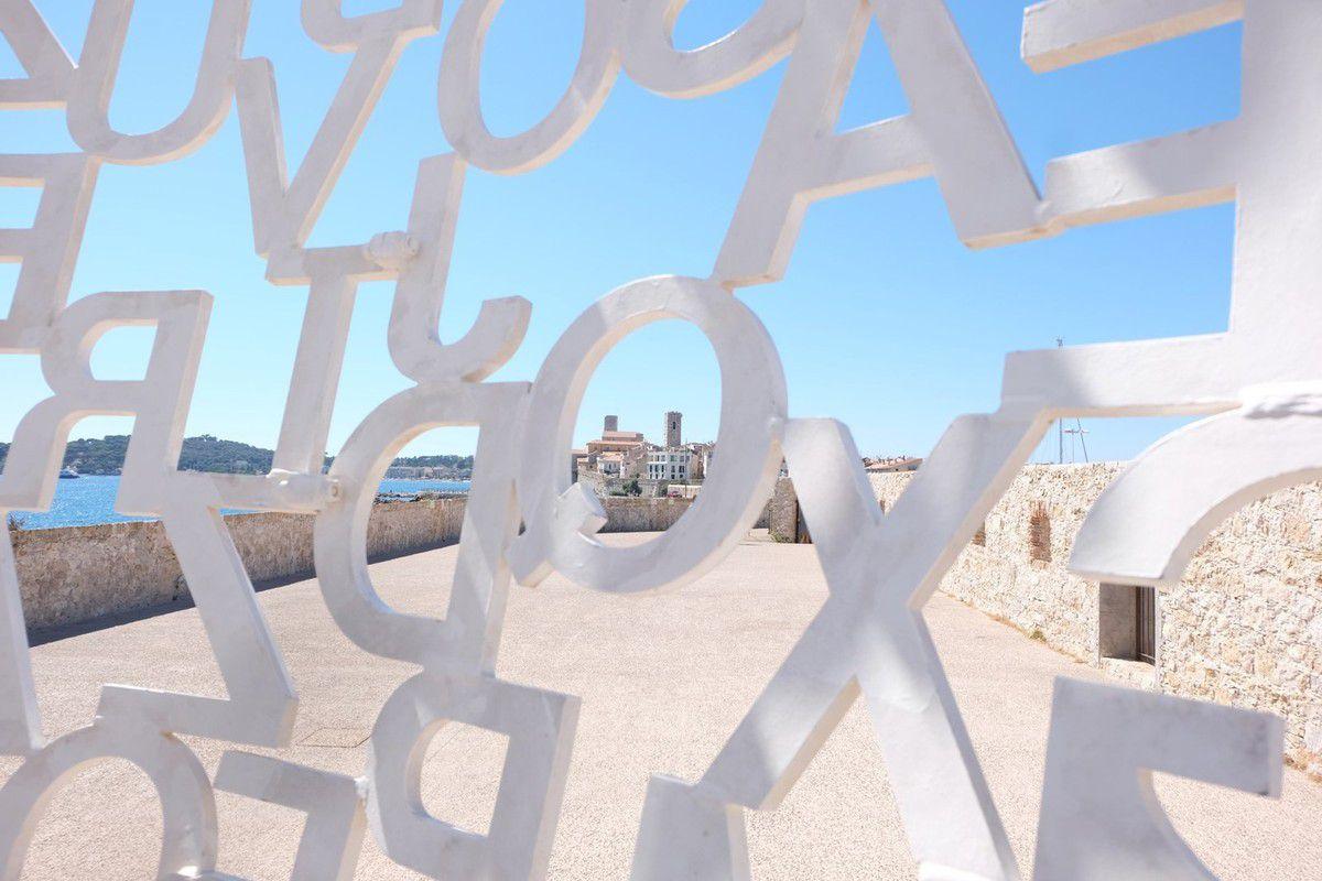Balade artistique à Antibes : Nicolas Lavarenne &amp&#x3B; Jaume Plensa
