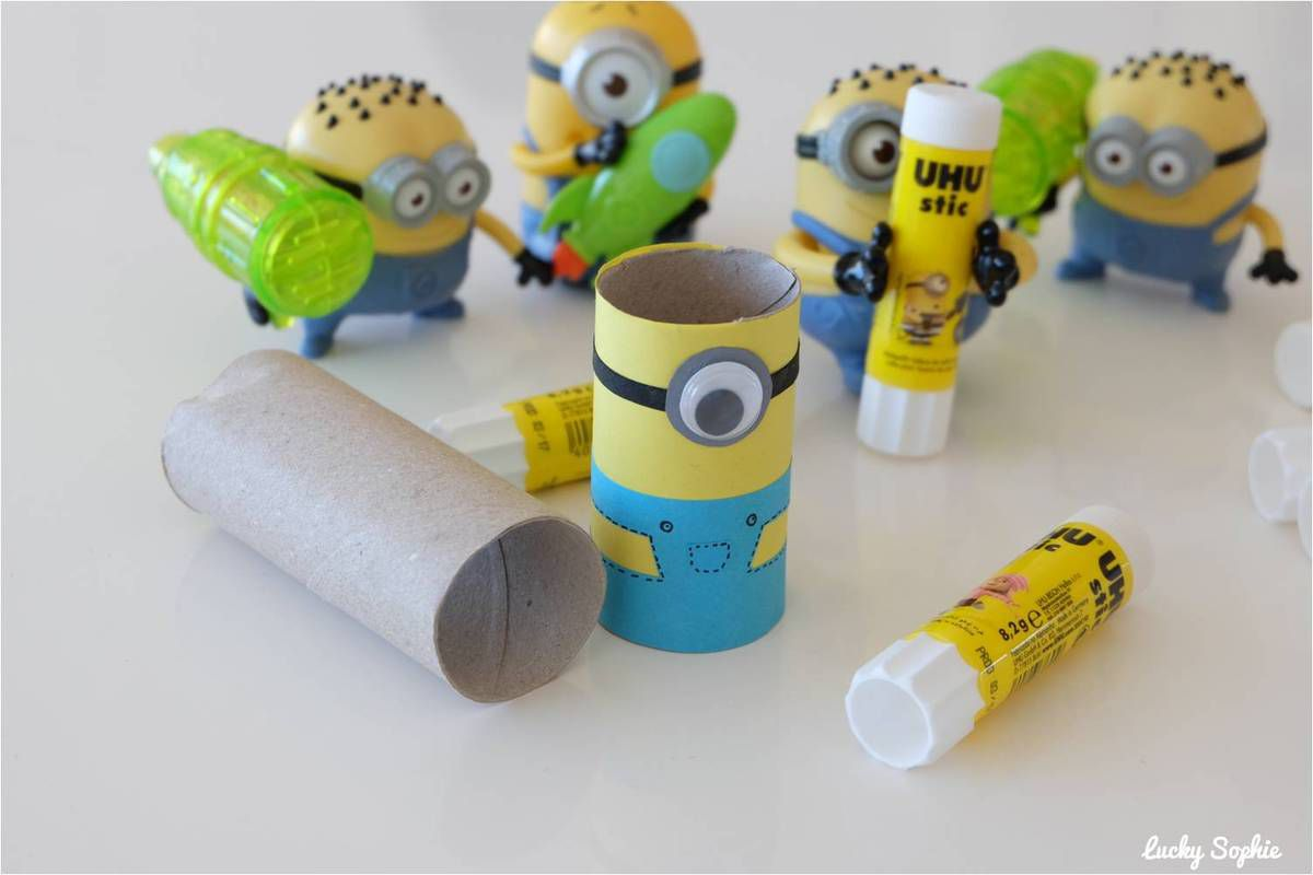 minion en rouleau de papier toilette concours uhu lucky sophie blog maman. Black Bedroom Furniture Sets. Home Design Ideas