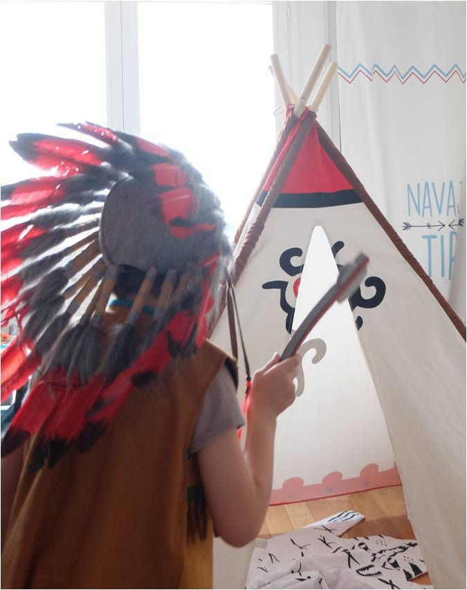 tipi dans la chambre d 39 enfant oui lucky sophie blog. Black Bedroom Furniture Sets. Home Design Ideas