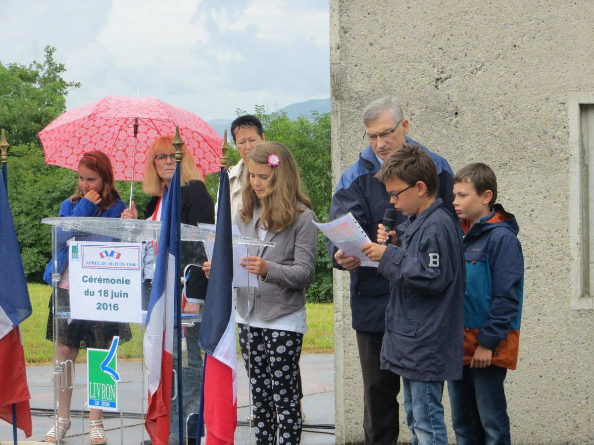 Drôme Mémorial de Mirmande, Commémoration de l'Appel du 18 juin 1940 du Général de Gaulle. juin 2016