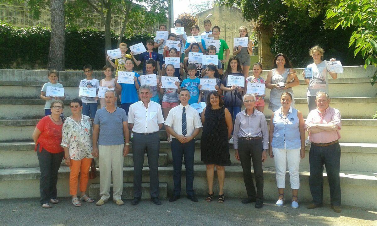 - école élémentaire de Rochegude - les élèves CM1 CM2 du professeur Chrystel Pedron -
