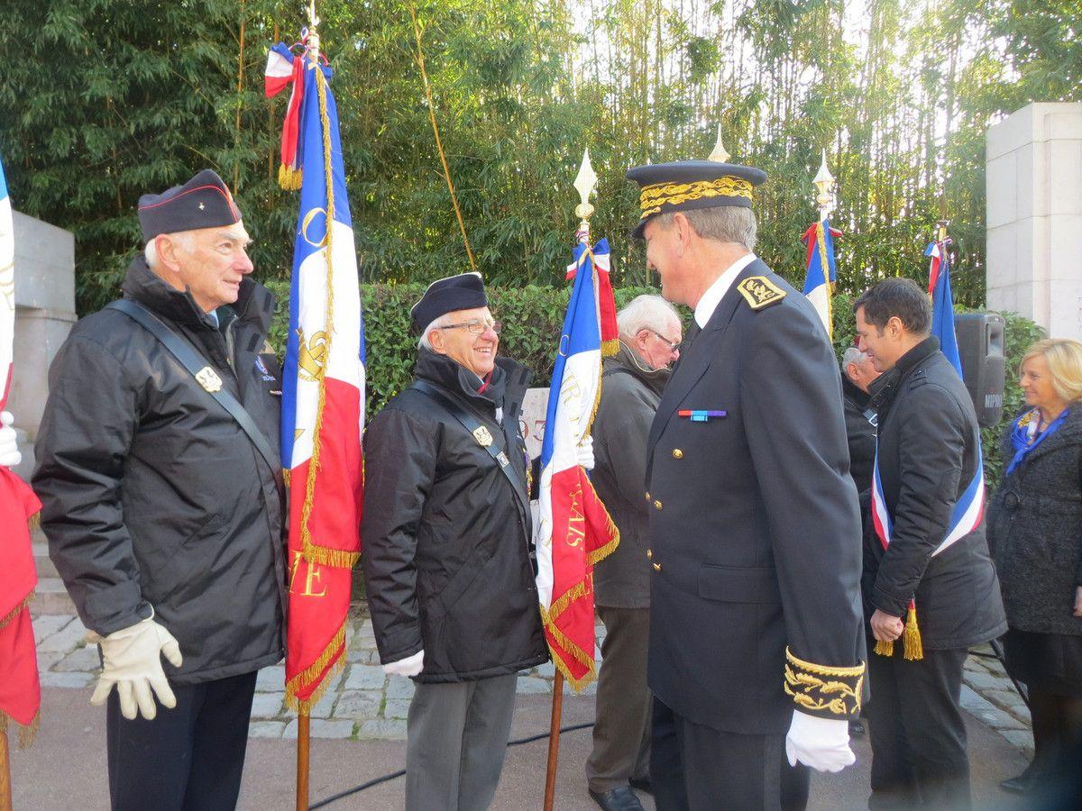 - lundi 5 décembre cérémonie d'hommage aux ''Morts pour la France'' pendant la guerre d'Algérie et des combats du Maroc et de la Tunisie au monument aux morts du Parc Jouvet de Valence