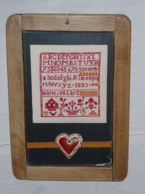 Brodées sur du lin crème 12.5 fil en 1 fil avec des fils dégradés de Coeur à Prendre et Un Petit fil