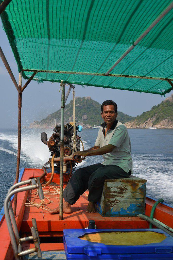 Thaïlande 2015 : Koh Tao , le tour de l'île en longtail ...