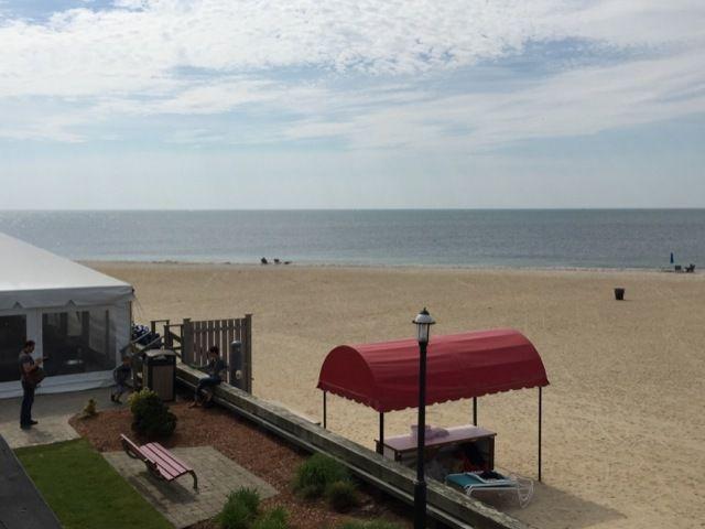 belle vue sur la plage et l'ocean