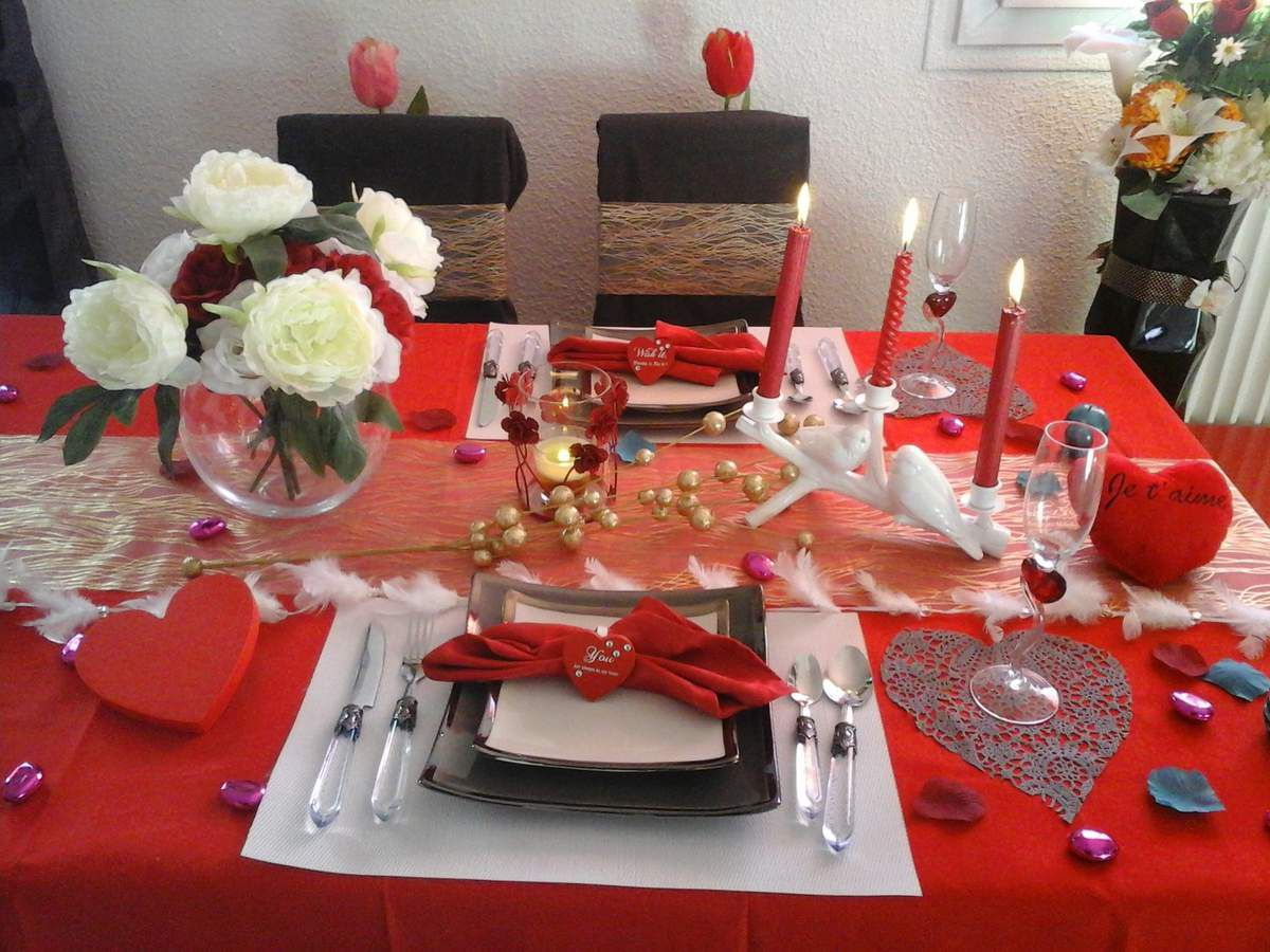 Idee st valentin deco table accueil design et mobilier for Deco saint valentin