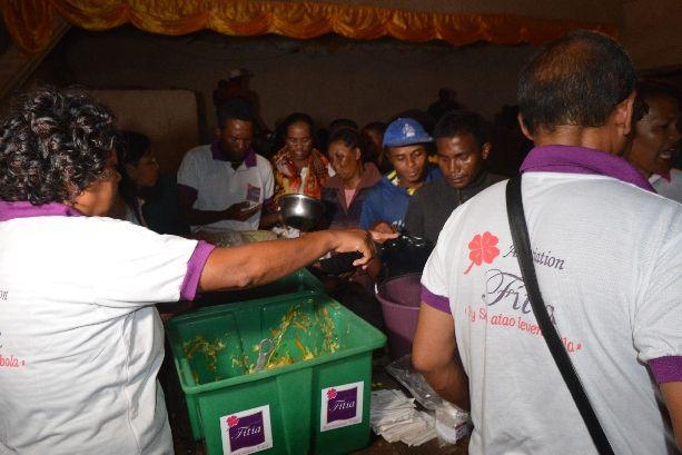 Cyclone Enawo. Association Fitia: soutien aux sinistrés4 à Andohatapenaka II, 13 mars 2017