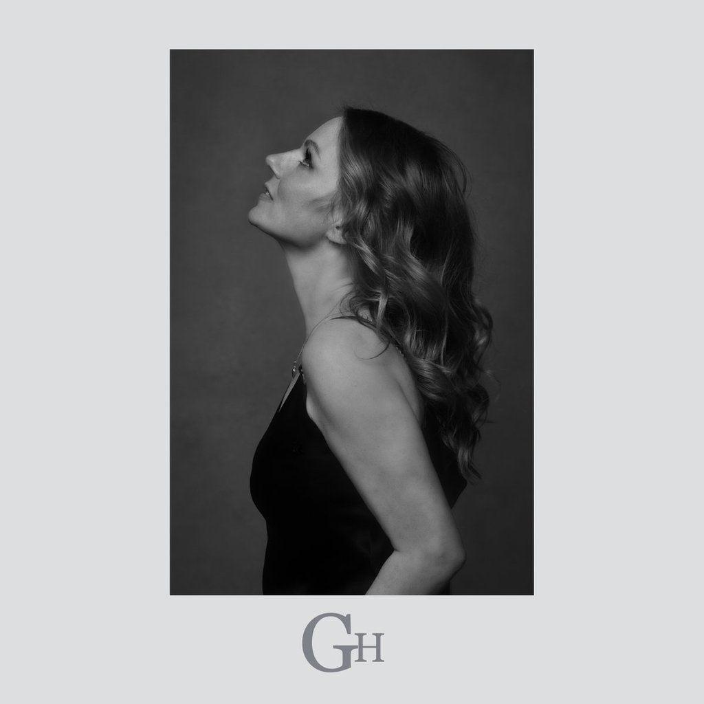 Geri Halliwell - Angels in Chains