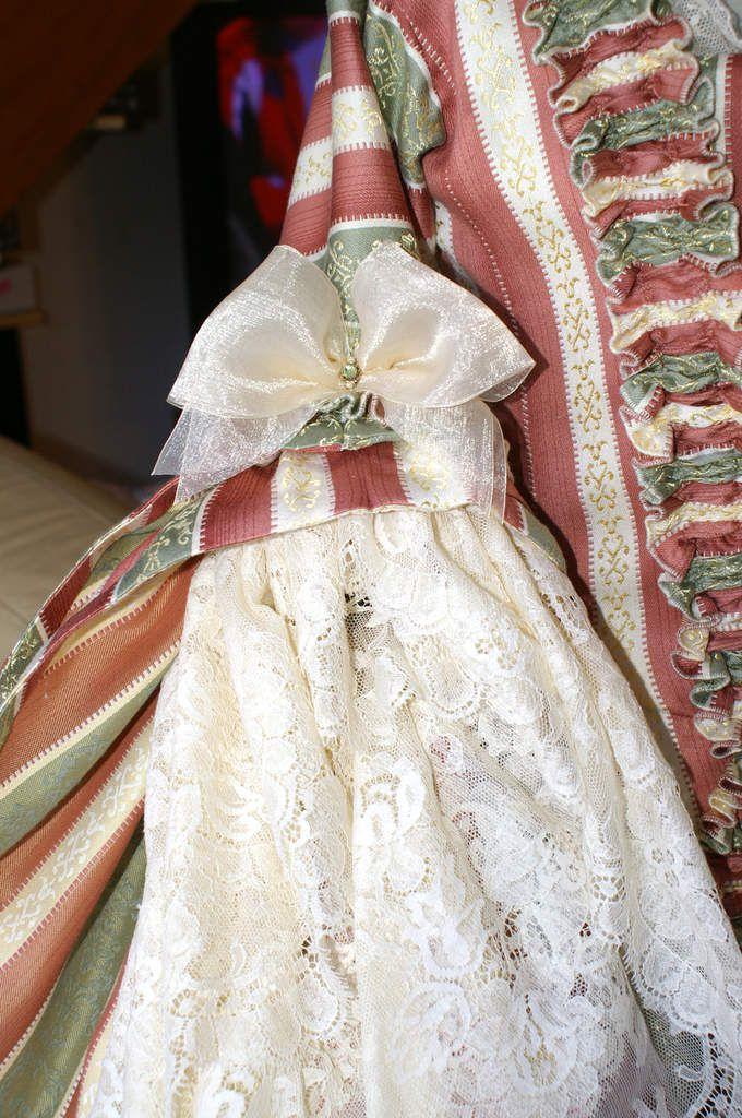 Robe à la française tissu rayures