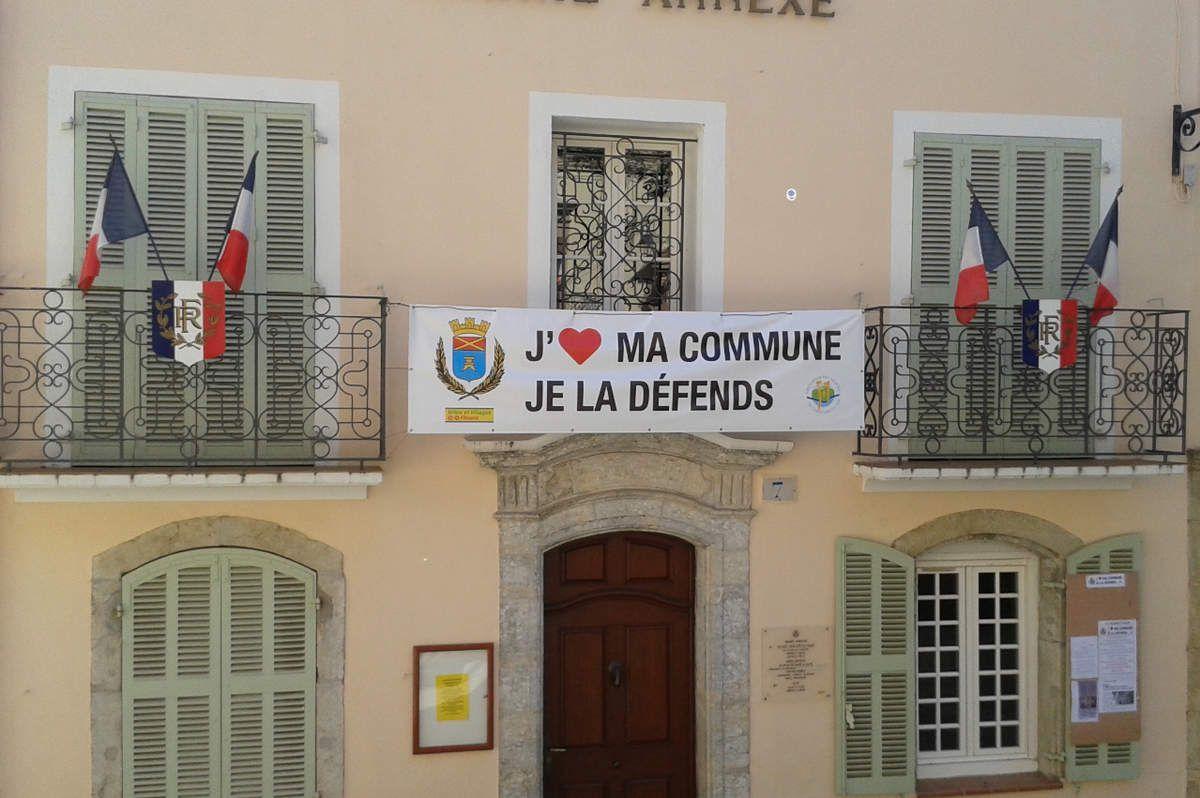 Photographie de la façade de la mairie annexe, prise ce samedi 19 septembre 2015 (cliché P.V.)