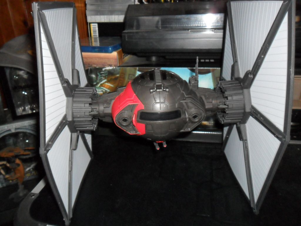 Collection n°182: janosolo kenner hasbro - Page 6 Ob_bd3f9e_tie-fighter