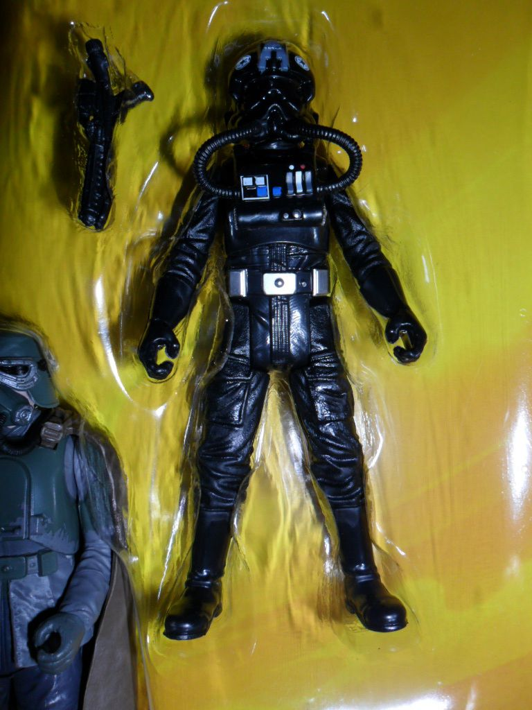 Collection n°182: janosolo kenner hasbro - Page 14 Ob_ed0d2a_tie-fighter-pilot