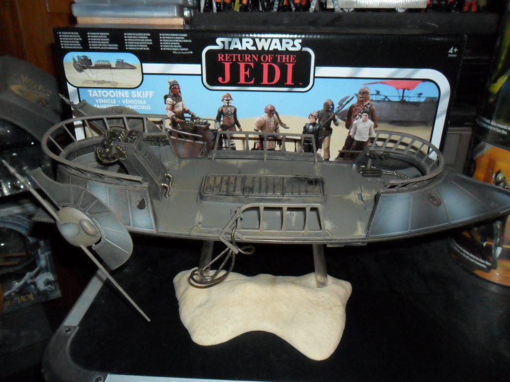 Collection n°182: janosolo kenner hasbro - Page 15 Ob_17b995_tatooine-skiff-2