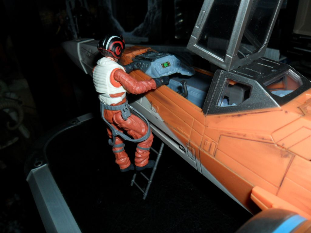 Collection n°182: janosolo kenner hasbro - Page 15 Ob_54aa33_poe-dameron-xwing-fighter-5