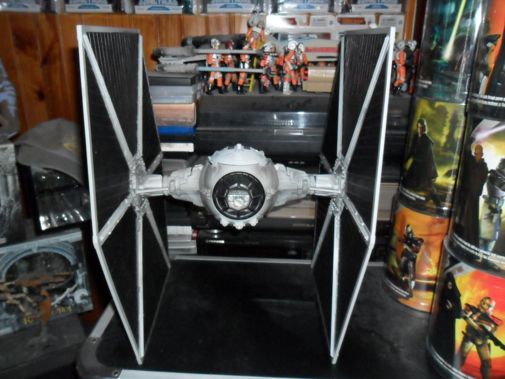 Collection n°182: janosolo kenner hasbro - Page 15 Ob_649d71_ecliptic-evader-tie-fignter-unbox