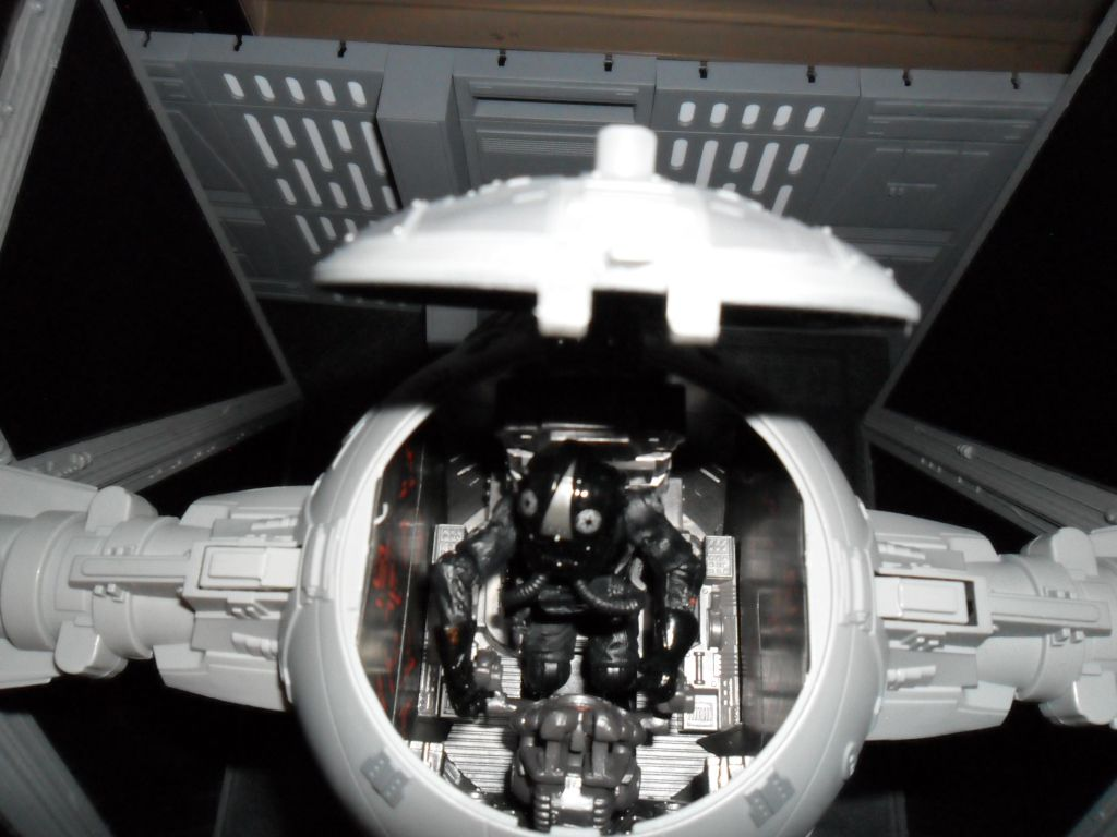 Collection n°182: janosolo kenner hasbro - Page 16 Ob_2ccf1d_pilot-tie-fighter-vintage-3