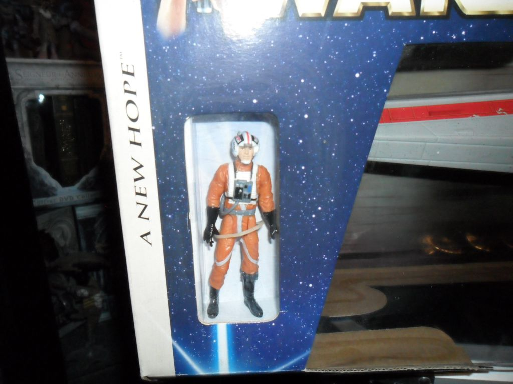 Collection n°182: janosolo kenner hasbro - Page 16 Ob_6a75a7_xwing-red-leader-pilote-1