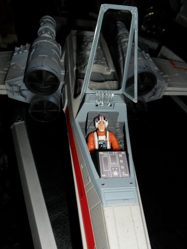 Collection n°182: janosolo kenner hasbro - Page 16 Ob_9df718_xwing-red-leader-5