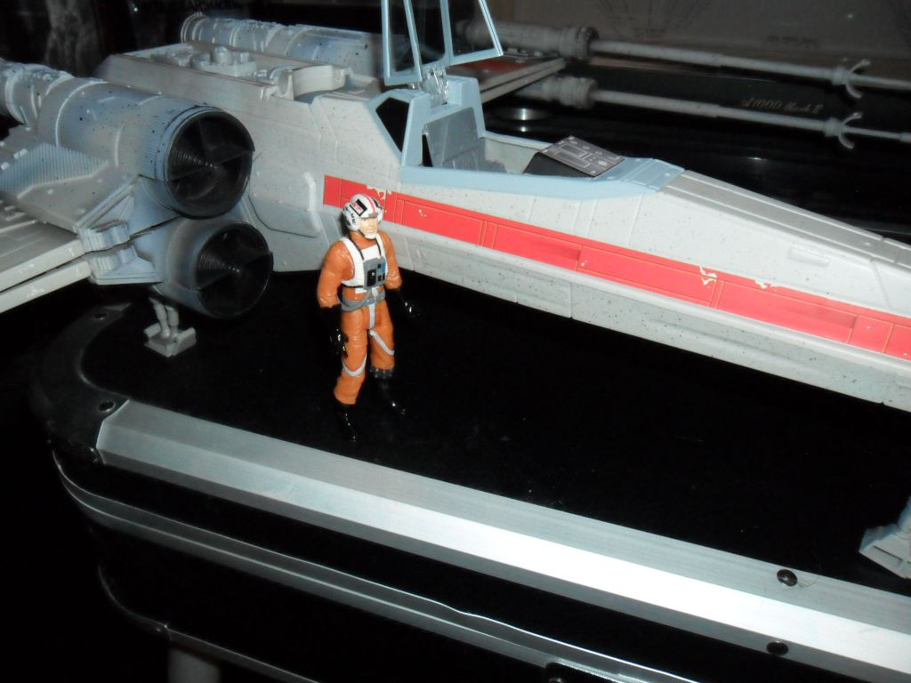 Collection n°182: janosolo kenner hasbro - Page 16 Ob_e13dc1_xwing-red-leader-4