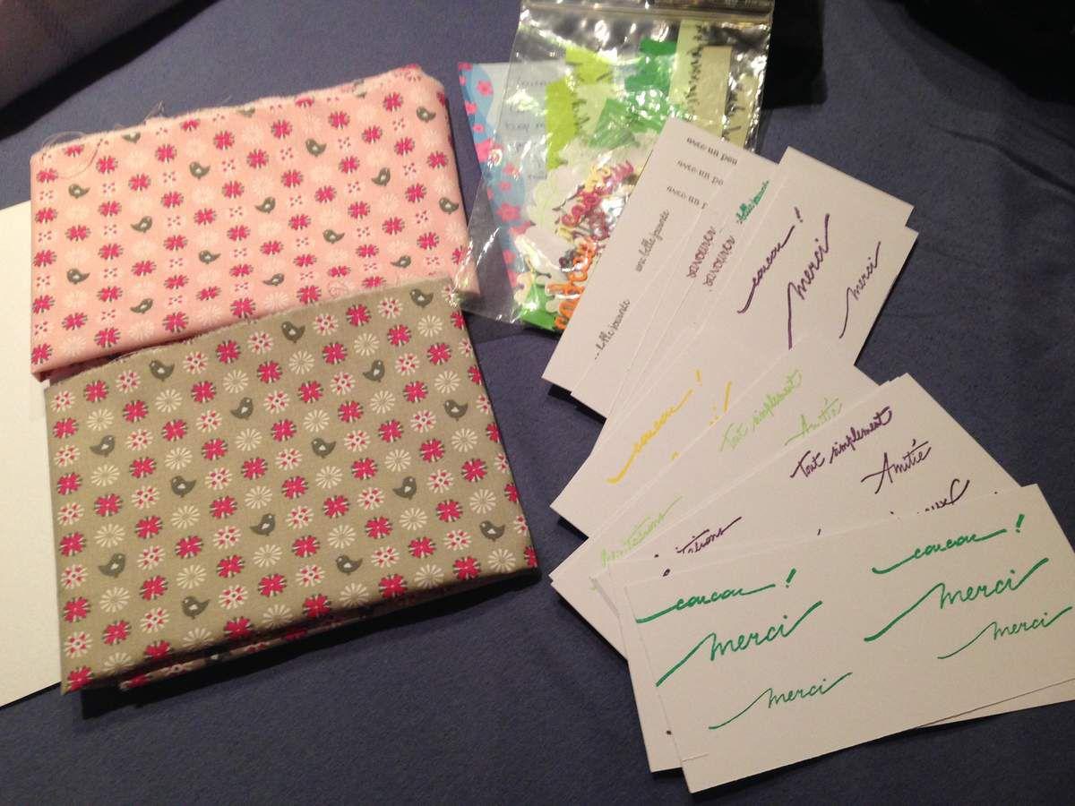 Mon envoi accompagné de tissu (en retard pour son annif)