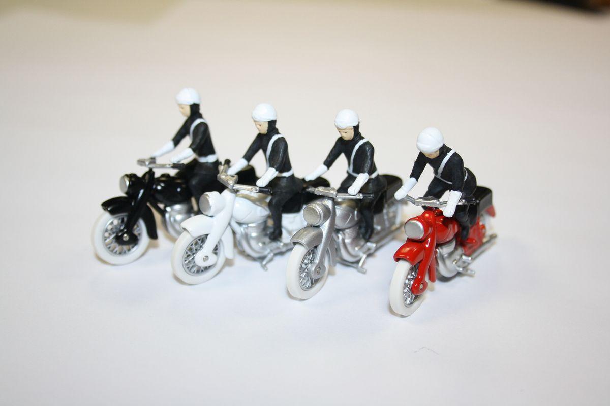 Minialuxe Moto de Police avec son Motard Série Luxe