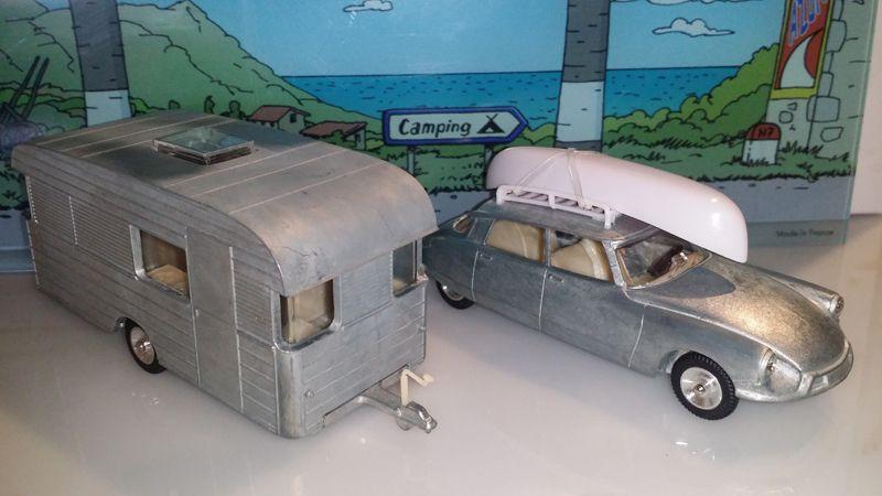 Prototype Citroën DS avec sa caravane