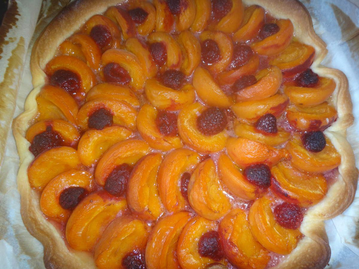 Tarte abricots framboises