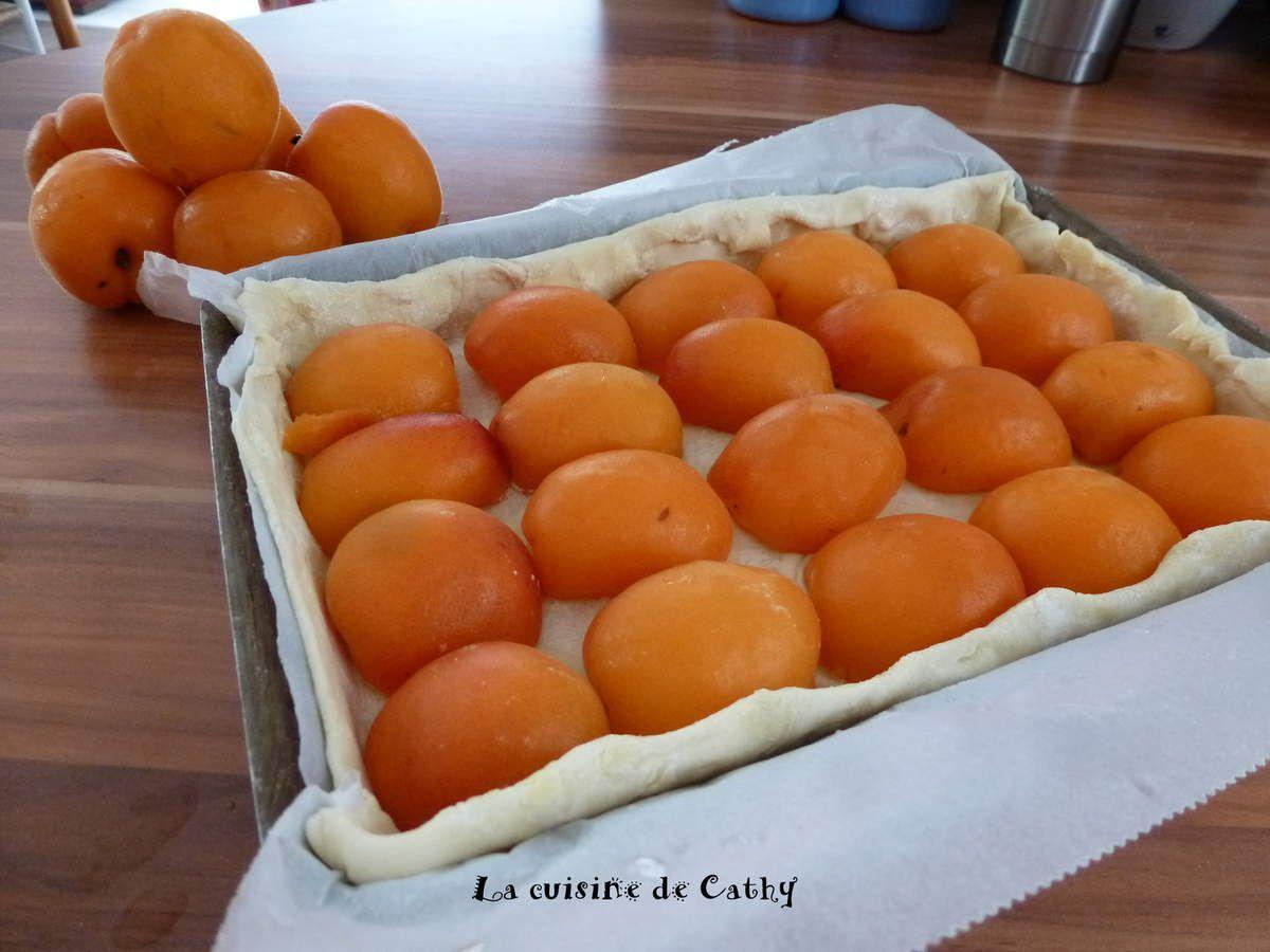 Tarte aux abricots et crème aux amandes