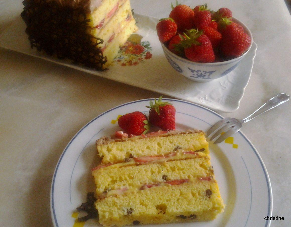 Gâteau fraises-chocolat aux 2 crèmes