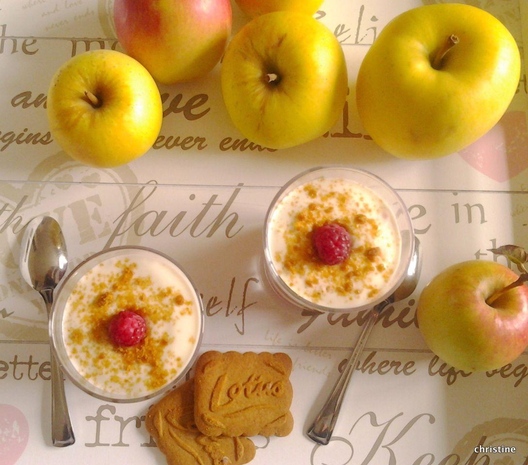 Verrines pommes-framboises, fromage blanc et spéculoos
