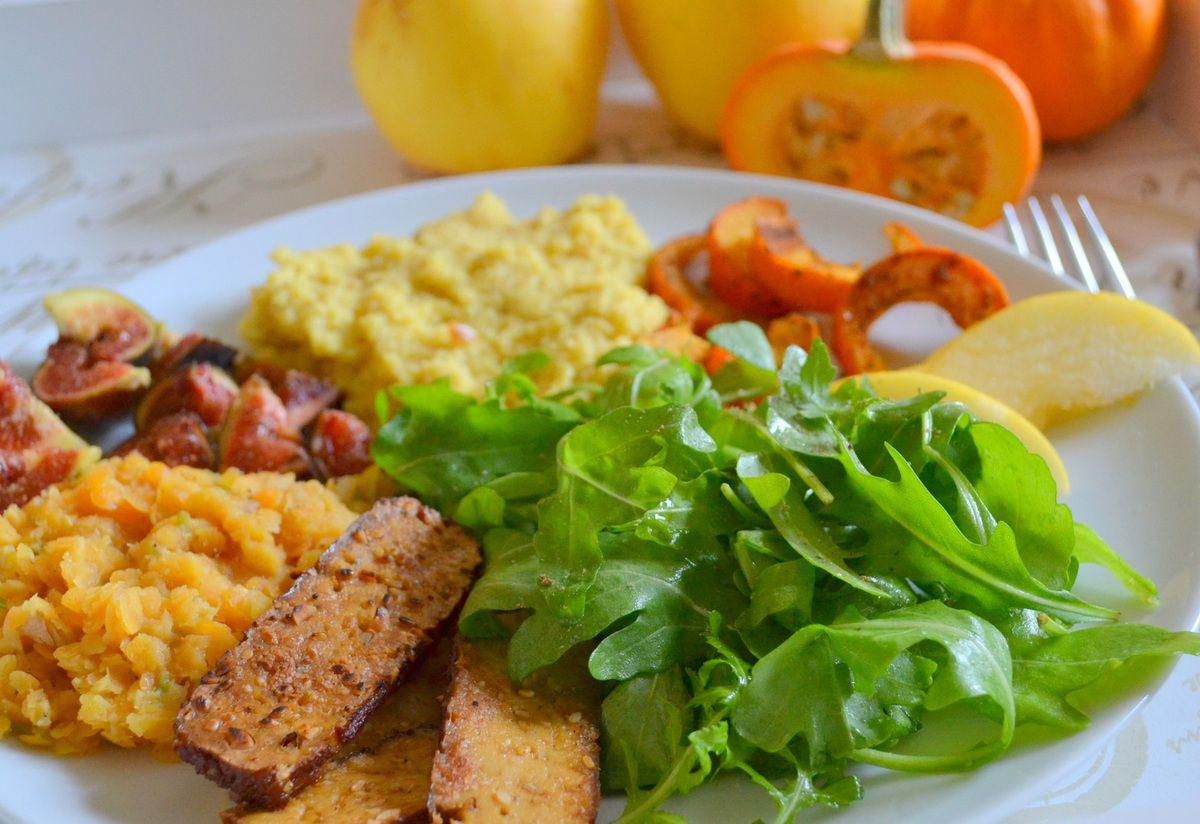 Assiette &quot&#x3B;veggie&quot&#x3B; aux couleurs d'automne