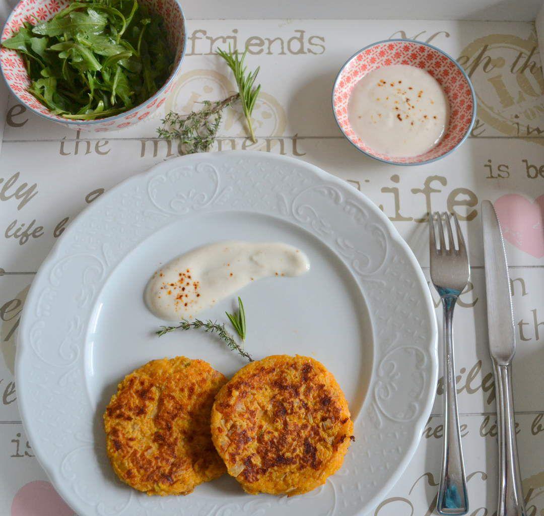 Galettes de patate douce, semoule de quinoa-épeautre