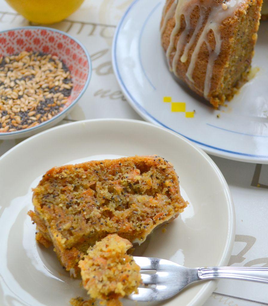 &quot&#x3B;Bundtcarrot cake&quot&#x3B; aux graines de pavot et lin
